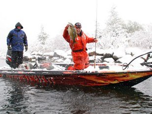 cold weather fishing tips liveoutdoors