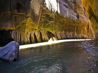 file_168161_0_narrows_zion