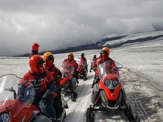 Rent a Snowmobile to Test-Drive the Sport