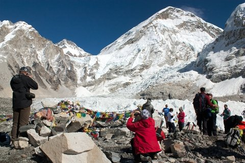 Incredible Stories from Deadliest Day on Mount Everest