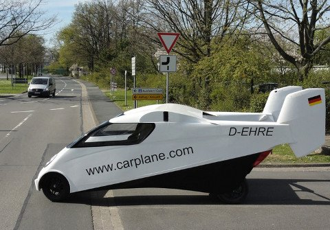 German Company Debuts New Flying Car