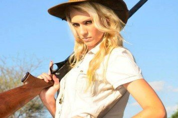 Hottest Women of Hunting
