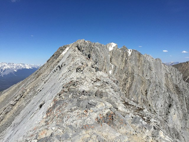 Canadians Capture Final Ridge Hike on Mount Lady MacDonald