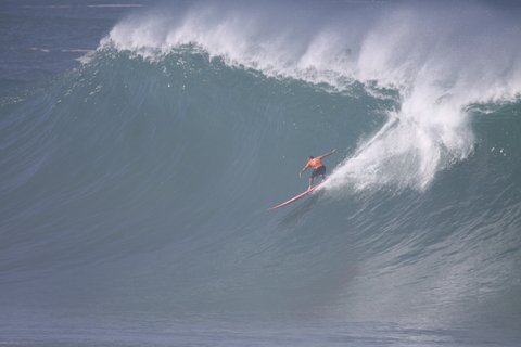surfer big wave
