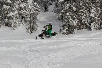 Early Season Snowmobile Tune-Up Tips