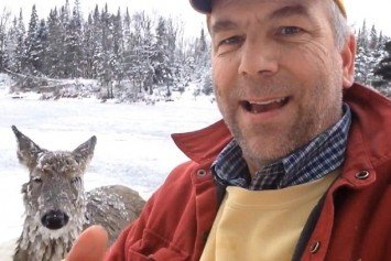 Man Saves Deer From Icy Water in Daring Rescue