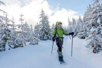 6 Incredible Places for a Snowshoe Adventure