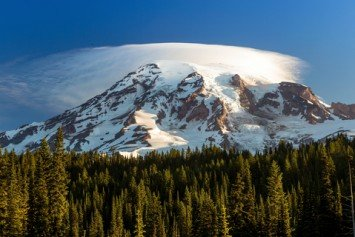 Ranger Crew Recovers Climber on Mount Rainier