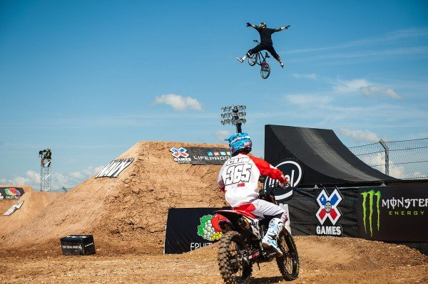 Athletes compete at 2016 X Games Austin in Austin, TX. 2123154