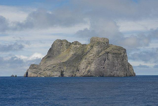 640px-Malpelo_island_NOAA