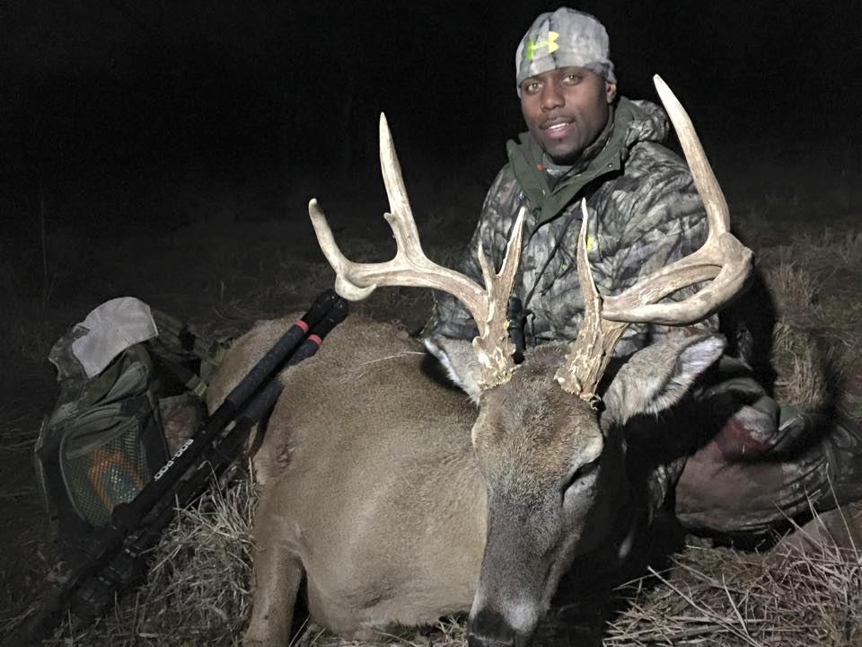 Defensive End For The Indianapolis Colts Trent Cole Spoke With Mossy Oak In 2014 About Combining Football And Hunting Heading Into His 12th Season