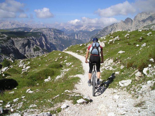 mountain-bike-hightrail