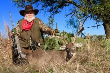 Larry Weishuhn, Legendary Mr. Whitetail, Speaks with LiveOutdoors