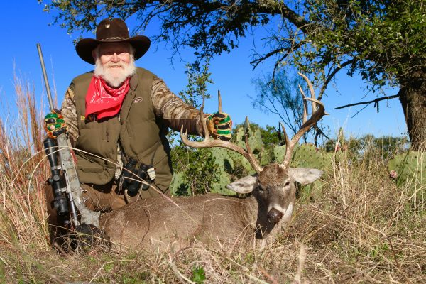 larry whitetail texas