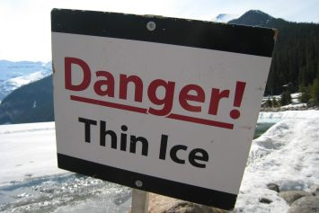 5 Steps to Survive Falling Through Thin Ice