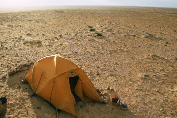 5 Important Tips for Camping in the Desert